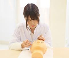 ABEまつ毛エクステンション検定|資格にチャレンジ 検定対策に