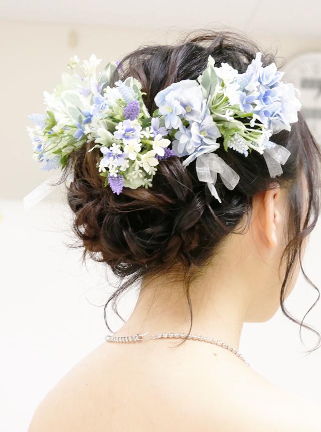 美容科|ブライダルコース|花嫁のヘアスタイリングやメイクを中心に、白無垢、打掛、ドレスの着付けなど、ブライダルスタイリストに必要な技術と知識を身につけます。